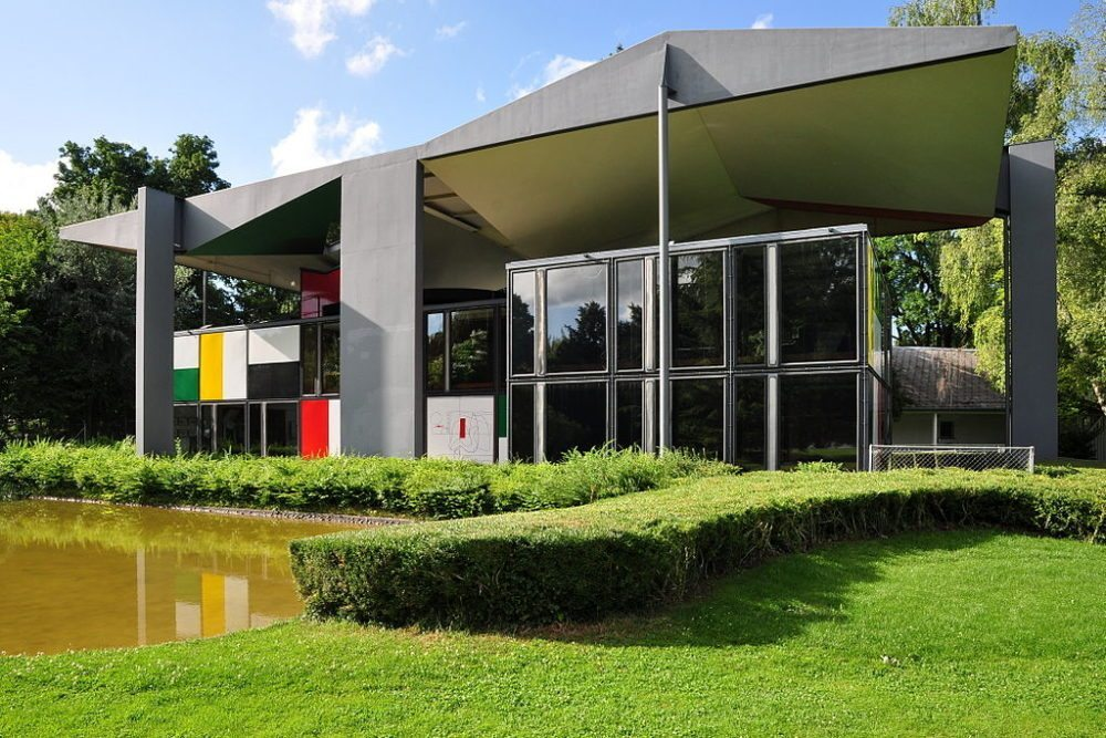 """Centre Le Corbusier (Heidi Weber Museum) in Zürich-Seefeld. (Urheber: Roland zh / Wiki / Lizenz: <a href=""""https://creativecommons.org/licenses/by-sa/3.0/deed.en"""">CC</a>)"""