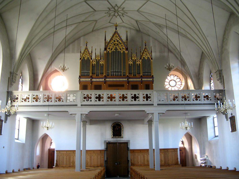 "Orgel der Pfarrkirche St. Georg in Bünzen. (Urheber: Voyager / Wiki / Lizenz: <a href=""https://creativecommons.org/licenses/by-sa/3.0/deed.en"" target=""_blank"">CC</a>)"