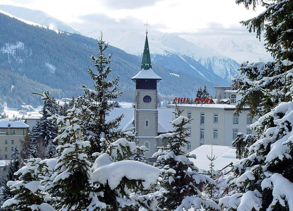 """Marienkirche in Davos. (Urheber: Yesuitus2001 / Wiki / Lizenz: <a href=""""https://creativecommons.org/licenses/by-sa/2.5/deed.en"""" target=""""_blank"""">CC</a>)"""