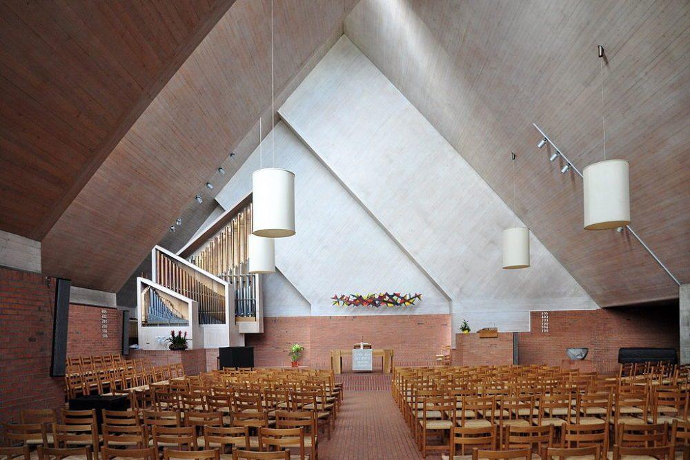 "Reformierte Kirche, Rebbuckstrasse in Effretikon. (Urheber: Roland zh / Wiki / Lizenz: <a href=""http://creativecommons.org/licenses/by-sa/3.0/deed.en"" target=""_blank"">CC</a>)"