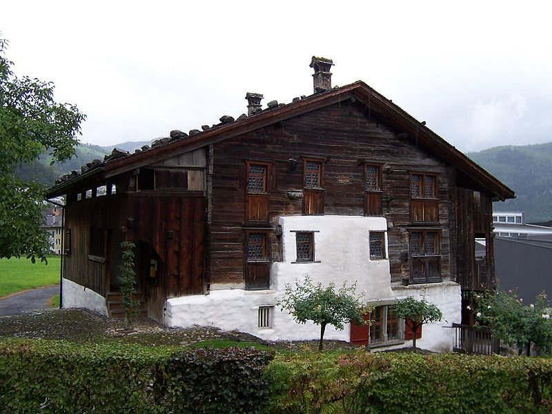Das Haus Bethlehem in Schwyz von 1287. Solch alte Häuser sind eine Rarität. (Bild: Jungpionier / Wikimedia / CC)