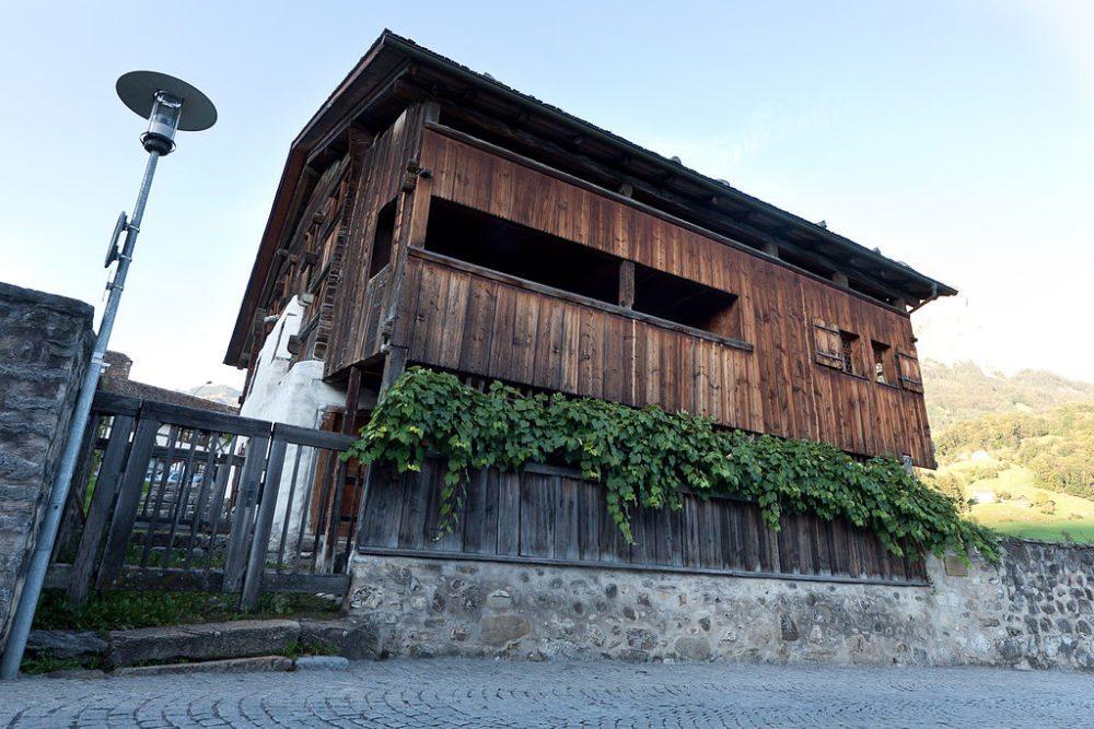 Haus Bethlehem hat sogar einen Balkon (Bild: F64.ch, Wikimedia, CC)