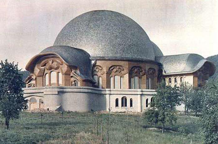 Erstes Goetheanum (Bild: Hgilbert, Wikimedia)