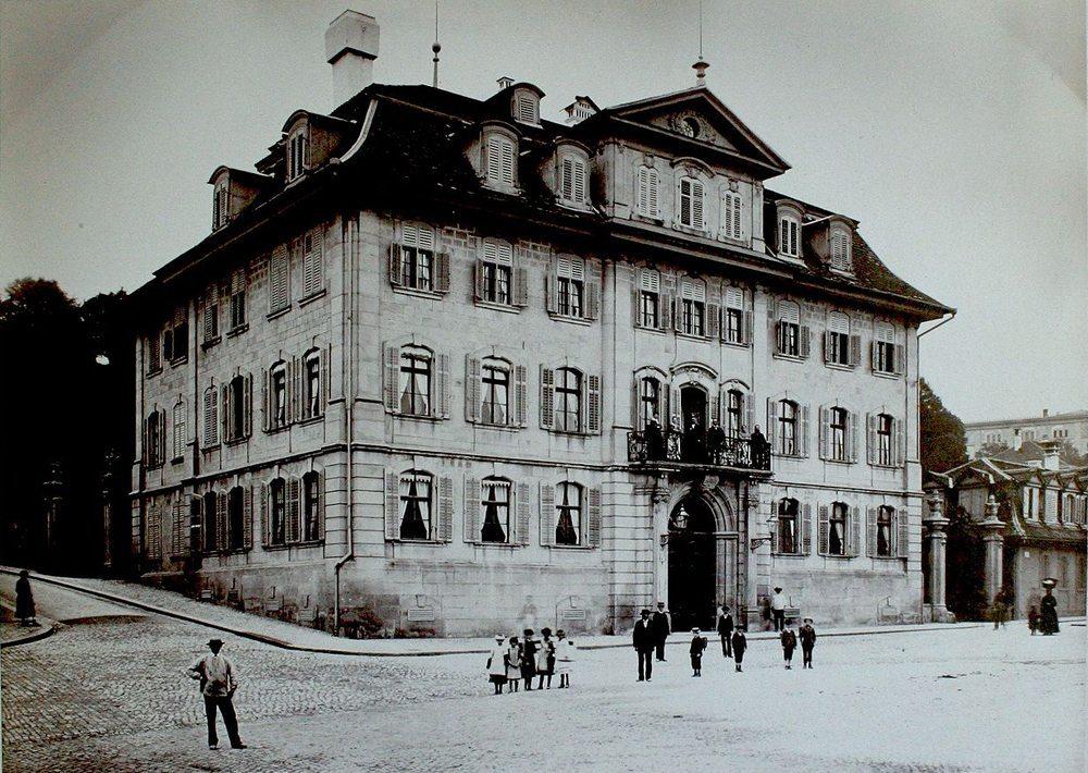 Haus zum Rechberg in Zürich um 1883 (Bild: Wikimedia)