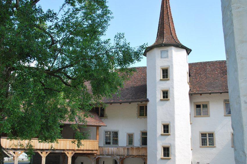 Schloss Interlaken im Sommer (Bild: Interlaken Tourismus)