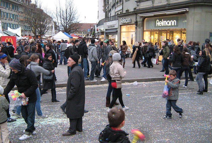 """Jedes Jahr im November findet in Bern der """"Zibelemärit"""" statt. (Bild: Robert Illes, Wikimedia, CC)"""