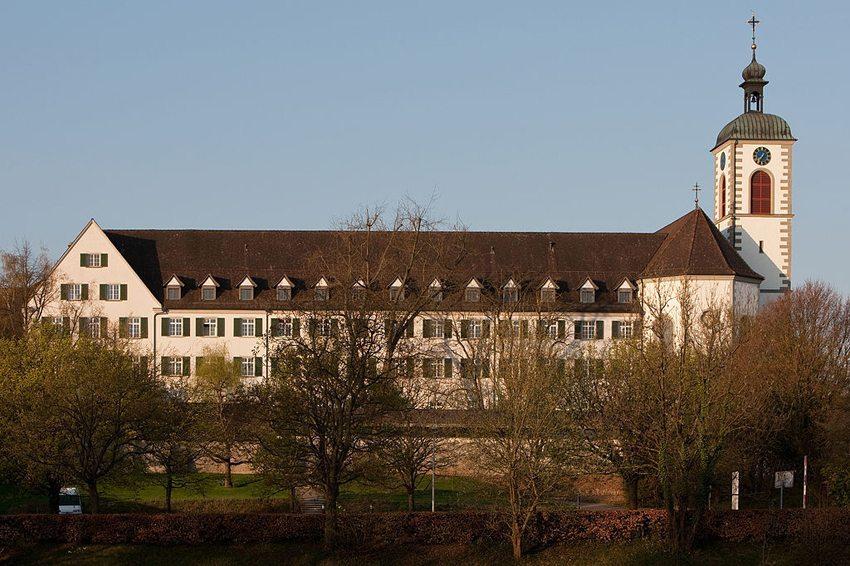 Ehemaliges Augustinerchorherrenstift St. Ulrich in Kreuzlingen (Bild: Roland Zumbuehl, WIkimedia)
