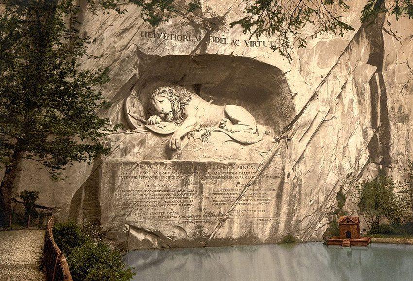Das Löwendenkmal in Luzern um 1900 (Bild: Wikimedia)