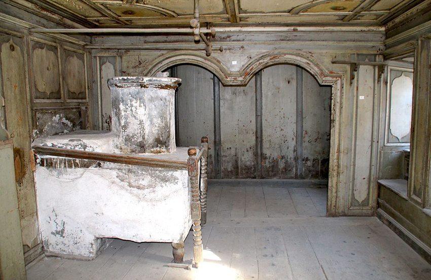 Das Türalihus – Salon im 1. Stock (Bild: Adrian Michael, Wikimedia, GNU)