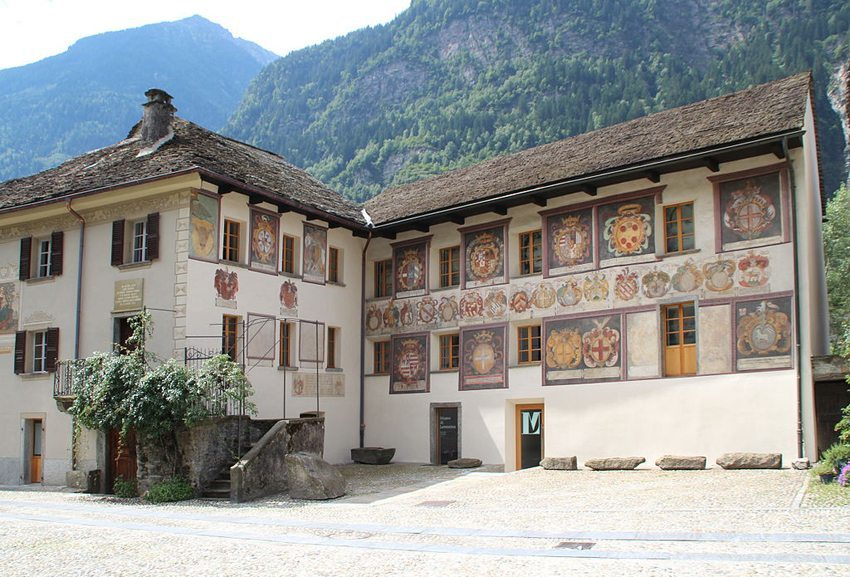 In der Herberge Casa Stanga befindet sich heutzutage das Museo della Leventina.  (Bild: Adrian Michael, Wikimedia, GNU)