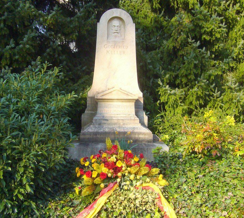 Grab von Gottfried Keller auf dem Zürcher Friedhof Sihlfeld (Bild: Berger, Wikimedia)