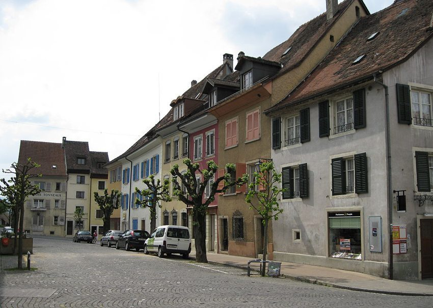 In der Altstadt von Pruntrut (Bild: Norbert Aepli, Wikimedia)