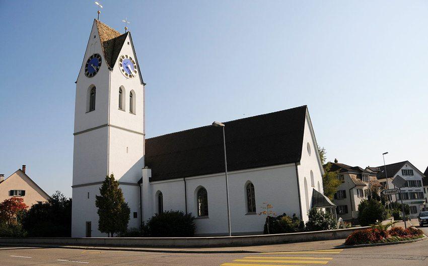 Die reformierte Kirche – das Wahrzeichen Dürntens (Bild: Fotosafari, WIkimedia, CC)