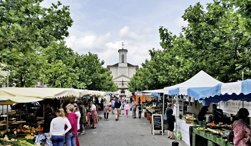Carouge (GE) - Place du marché (Bild: © Ceux d'en face, Genève)
