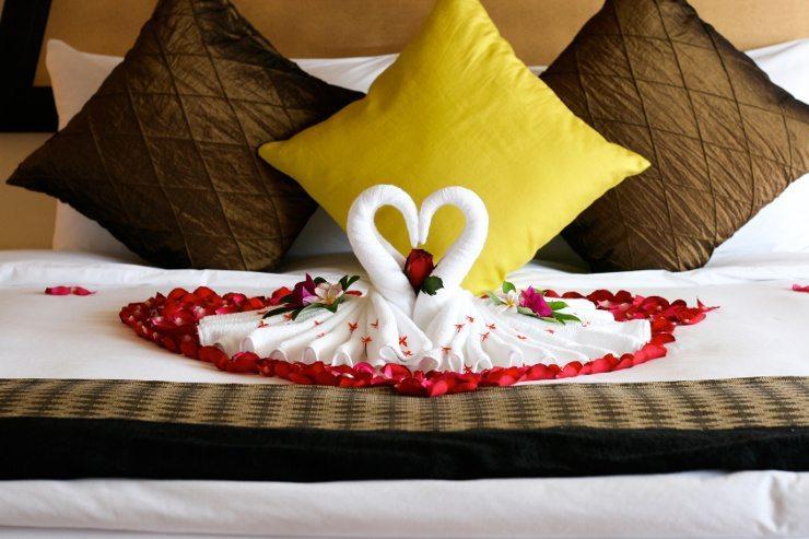 Gemütlich schlafen im schönen Bett. (Bild: © Gina Smith - Fotolia.com)
