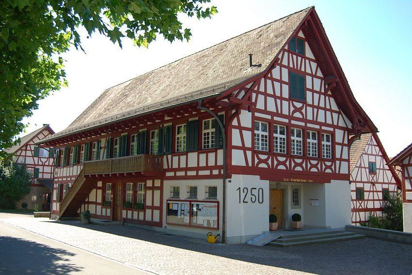 Gemeindehaus in Unterstammheim (Bild: Dietrich Michael Weidmann, Wikimedia, GNU)
