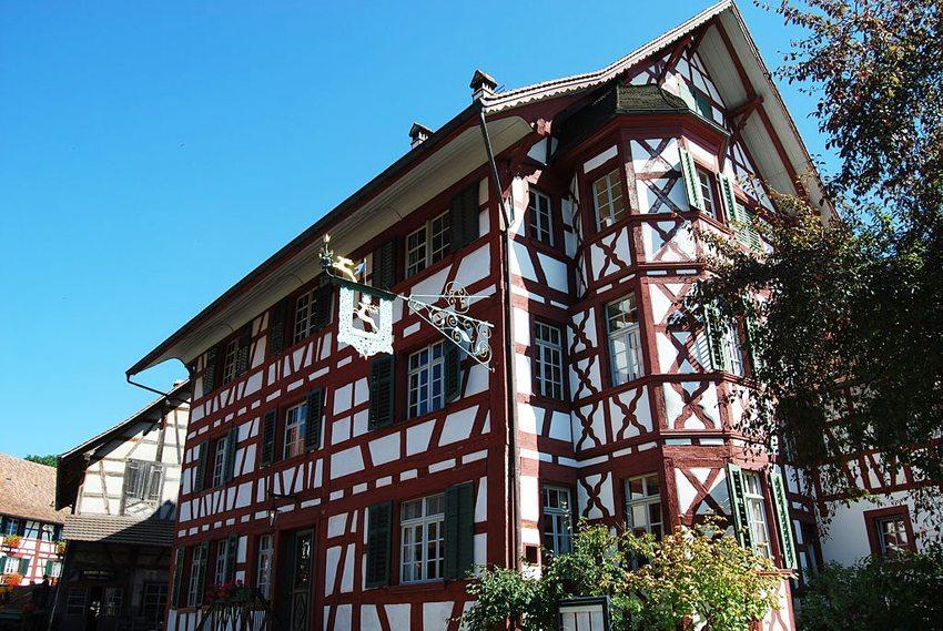Gasthaus Hirschen in Oberstammheim (Bild: Dietrich Michael Weidmann, Wikimedia, GNU)
