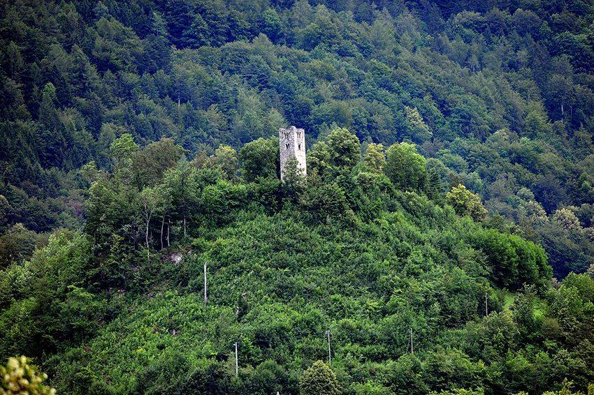 Interlaken – der alte Turm (V&A Dudush, Wikimedia, CC)