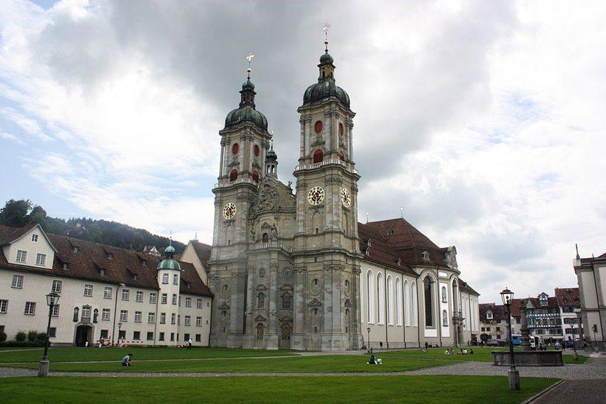 Die Stiftskirche St. Gallen (Bild: Dguendel, Wikimedia, CC)