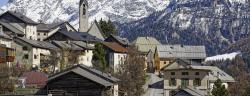 Village_de_Guarda,_Grisons,_Suisse