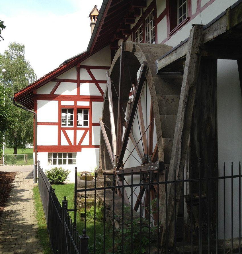 Neeracher Geigenmühle – Wasserrad (© Geigenmühle Neerach)