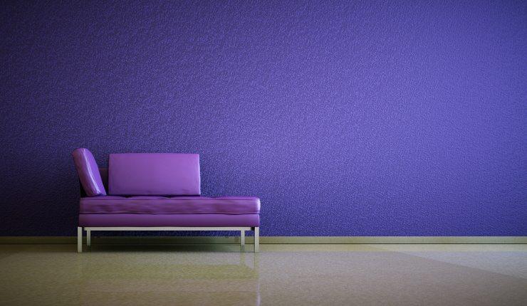 Ein Ledersofa ist nicht nur praktisch, es macht auch ästhetisch einiges her. (Bild: © virtua73 - fotolia.com)