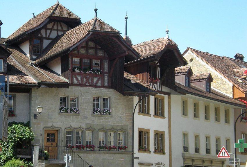 Das Rübenloch – das wohl am meisten fotografierte Motiv der Stadt Murten. (Bild: Tony Castle, Wikimedia, CC)
