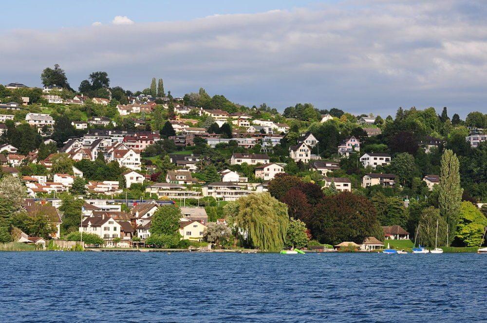 Erlenbach am Zürichsee (Bild: Roland zh, Wikimedia, CC)