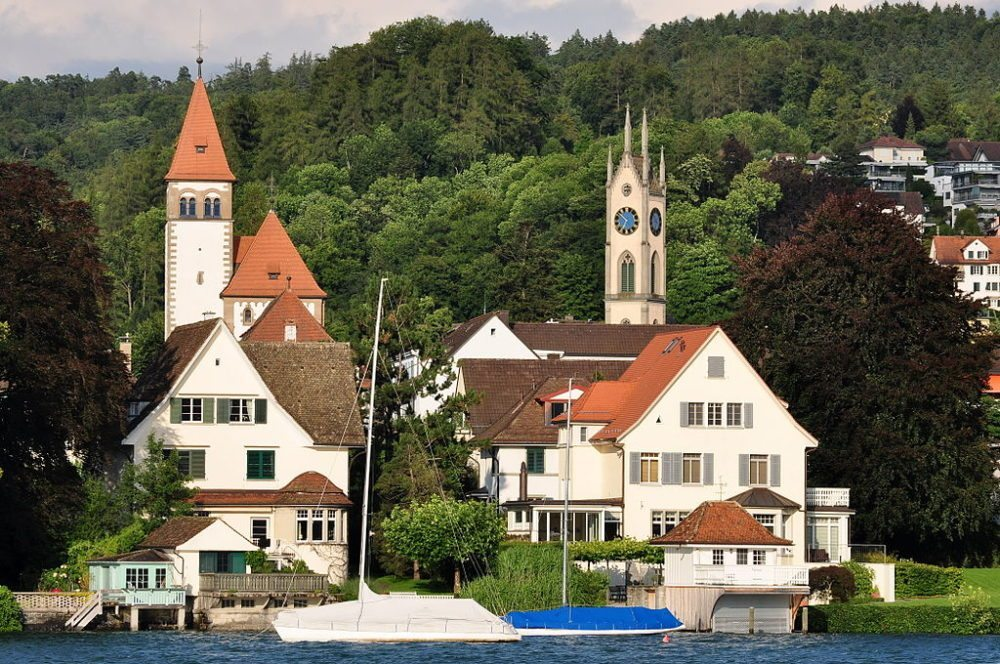 Küsnacht  am Zürichsee (Bild: Roland zh, Wikimedia, CC)