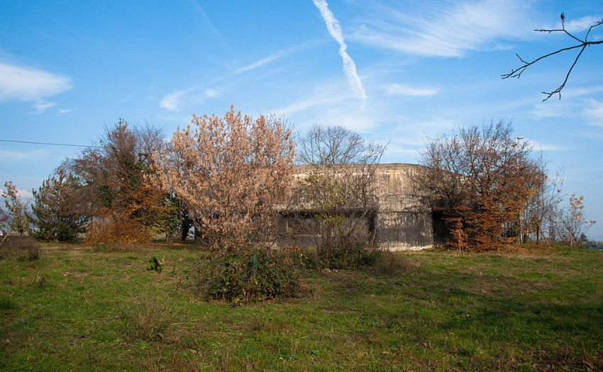 Bunker von Vich auf dem Toblerone-Weg (Bild: Ludovic Péron, Wikimedia, CC)