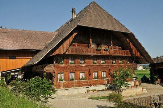 Emmentaler Bauernhaus (Bild: Hofec, Wikimedia, CC)