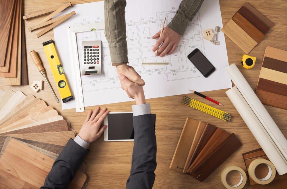 Dem Architekten kommt beim Denkmalschutz eine verantwortungsvolle Rolle zu. (Bild: © Stock-Asso - shutterstock.com)