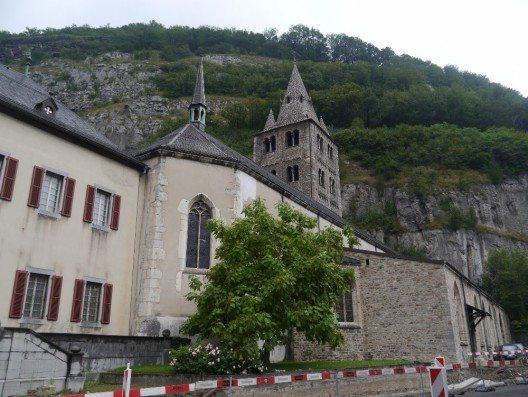 Sollte der Klosterbetrieb nach 1500 Jahren ein Auslaufmodell sein? (Bild: © Zairon - CC BY-SA 4.0)
