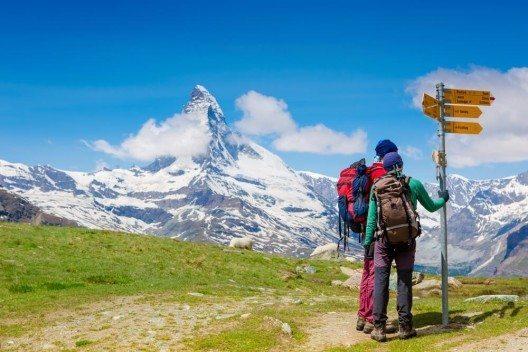 """Wanderer, Bergsteiger und Kletterer werden mit dem Projekt """"kAltes Eis"""" angesprochen. (Bild: © Olga Danylenko - shutterstock.com)"""