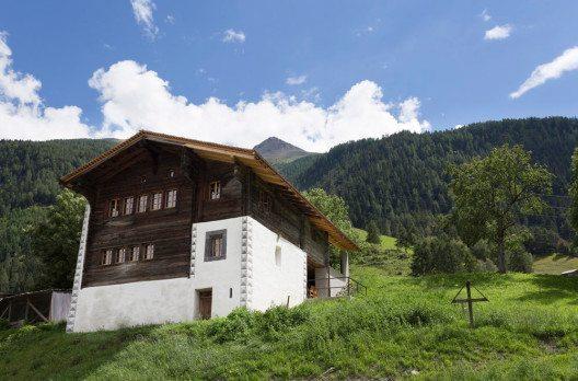 Belwalder-Gitsch Hüs – Aussenansicht. (Bild: © Für Ferien im Baudenkmal James Batten)