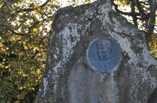 Gedenkstätte auf dem Leuenberg. (Bild: © rudolfvontavel.ch)
