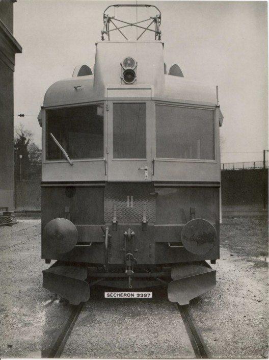 Der «Blauen Pfeil» 1938 bei der Auslieferung durch die Firma Sécheron, Genf, 1938. (Bild: © BLS-Archiv)