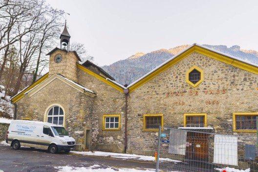 In der historischen Saline in Bex wird seit dem 16. Jahrhundert Salz gewonnen. (Bild: © R.Babakin - shutterstock.com)