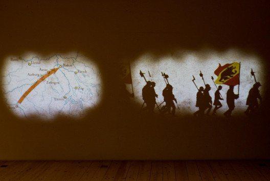 """""""Die Eidgenossen kommen!"""" – Standbild im Film zum Geschichtsatelier """"Federkiel und Richtschwert"""" auf Schloss Lenzburg. (Bild: Museum Aargau)"""