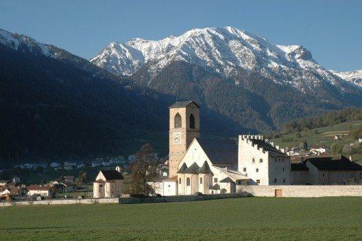 Benediktinerinnen-Kloster St.Johann in Müstair