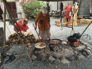 Comthurey-alpinum_SchlossLenzburg