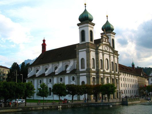 Jesuitenkirche Lizern (Bild: Andrew Bossi, Wikimedia, CC)