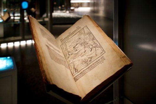 Petermann Etterlins Chronik von 1507 enthält erstmals in gedruckter Form die Gründungsgeschichte der Eidgenossen – die Schweizer Befreiungssage aus dem Spätmittelalter. (Bild: © Schweizerisches Nationalmuseum)