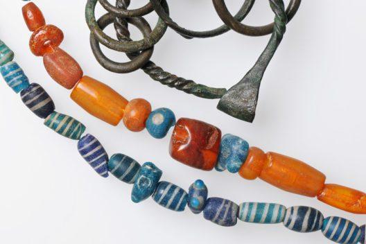 Funde aus den spätbronzezeitlichen Pfahlbauten von Zig-Sumpf (Bild: Museum für Urgeschichte(n) Zug, Res Eichenberger)