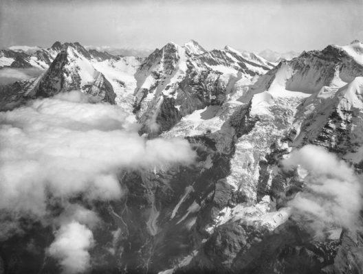 Eiger, Mönch, Finsteraarhorn und Jungfrau - Eduard Spelterin (1852-1931)