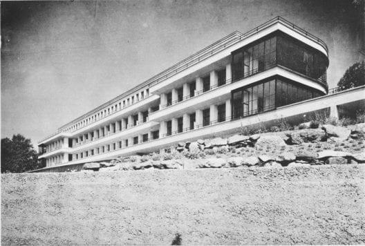 Südfassade des Loryspitals in Bern (1925-29) von Salvisberg und Brechbühl (Bildquelle: Das Werk 1929.,Fotograf: Franz Henn Bern)
