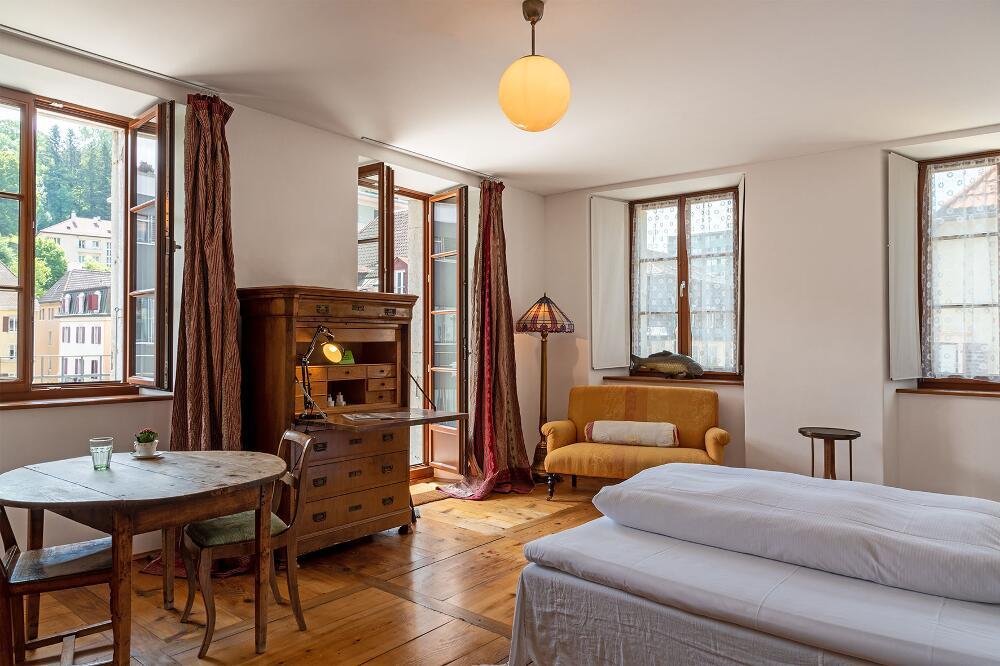 Guesthouse Le Locle, Le Locle NE: Edle Villa Kunterbunt (Bild: Noah Steiner, Schweizer Heimatschutz)