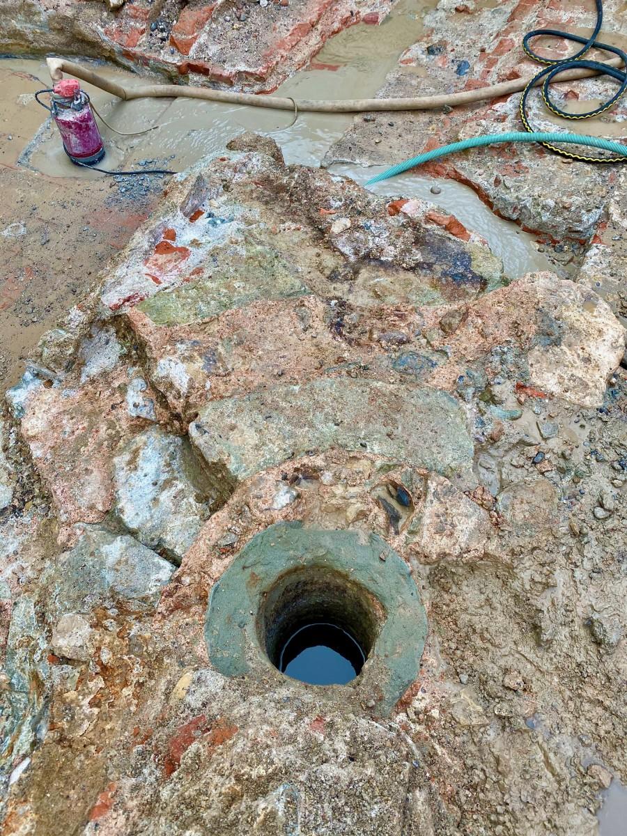 Reste der römischen Brunnenanlage (Bild: Kantonsarchäologie, © Kanton Aargau)