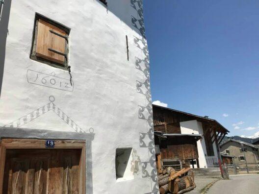 Typisches Dorfbild am Schamserberg